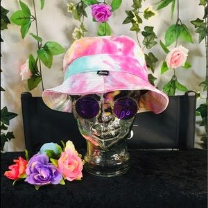 Agora tie dyed bucket hat in pretty pastels 🌸🌼🦋